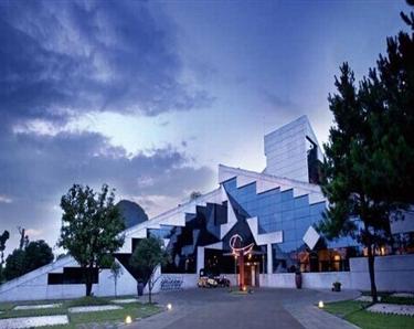 南宁厨房设备推荐案例-桂林愚自乐园现代艺术酒店